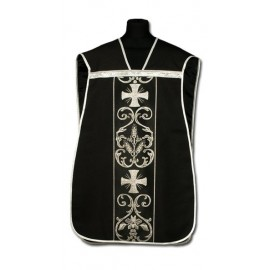Roman chasuble black - elano-wool (1)